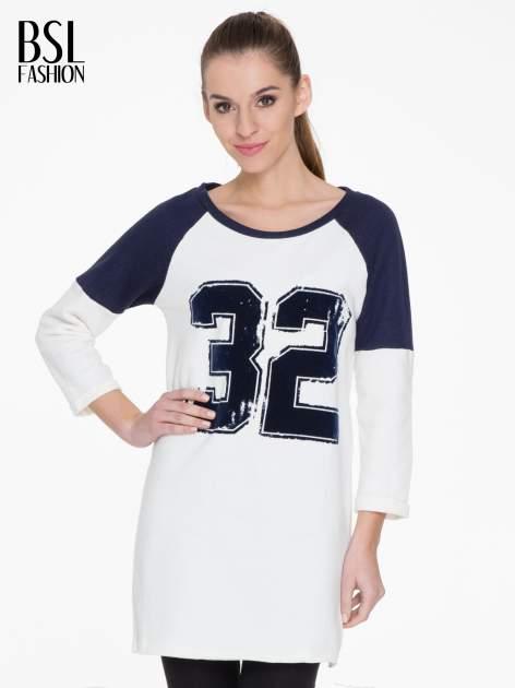 Granatowo-biała długa bluza baseballowa z numerkiem
