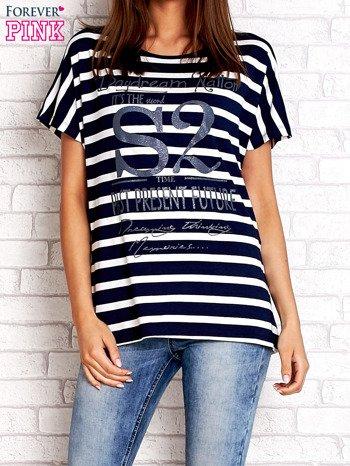 Granatowo-biały t-shirt w paski z napisem DAYDREAM NATION                                  zdj.                                  1