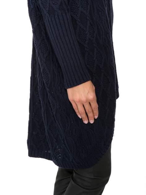 Granatowy dziergany długi sweter o kroju oversize                                  zdj.                                  9