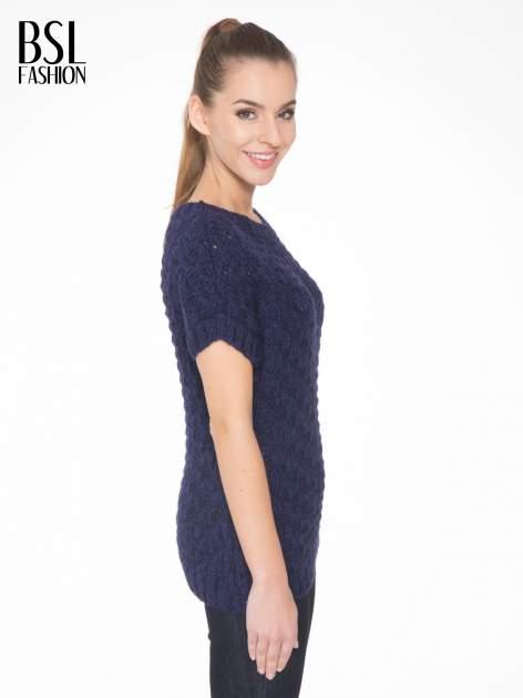 Granatowy dziergany sweterek z krótkim rękawem                                  zdj.                                  3