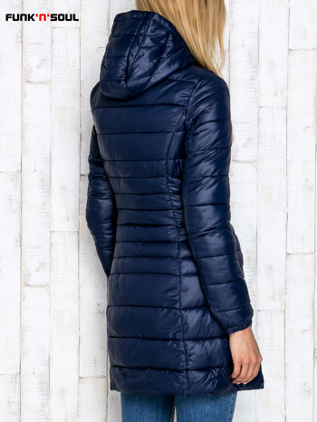 Granatowy pikowany płaszcz z kapturem FUNK N SOUL                                  zdj.                                  4