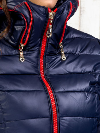 Granatowy płaszcz z paskiem i kolorowymi suwakami                                  zdj.                                  8
