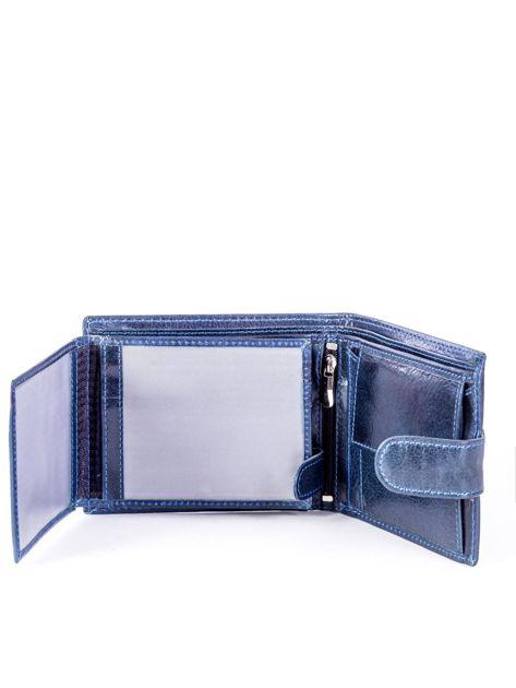 Granatowy portfel skórzany z zapięciem                              zdj.                              4