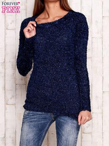 Granatowy sweter fluffy z cekinami                                  zdj.                                  1