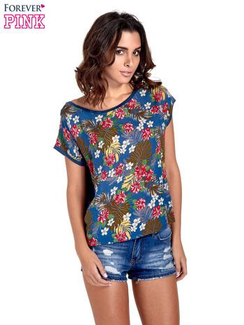 Granatowy t-shirt z nadrukiem kwiatowym