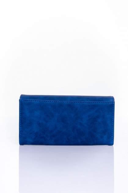 Granatowy zamszowy portfel z geometrycznym motywem                                  zdj.                                  2