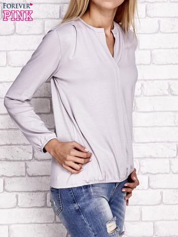 Jasnobeżowa bluzka ze ściągaczem na dole                                  zdj.                                  3