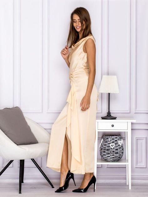 Jasnobeżowa długa sukienka z drapowaniami                              zdj.                              5