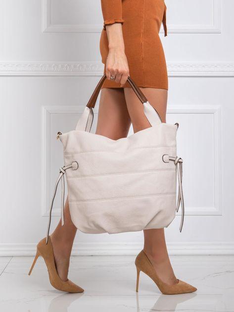Jasnobeżowa torba na ramię z ekoskóry