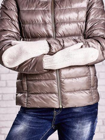 Jasnobeżowe rękawiczki na jeden palec z błyszczącą nicią                                  zdj.                                  3