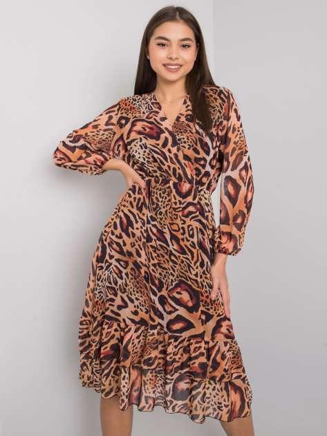 Jasnobrązowa sukienka z falbaną Darina