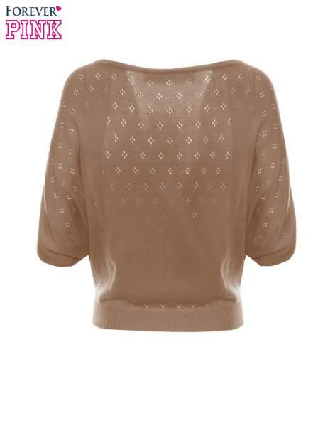 Jasnobrązowy ażurowy sweterek z krótkim rękawem                                  zdj.                                  6
