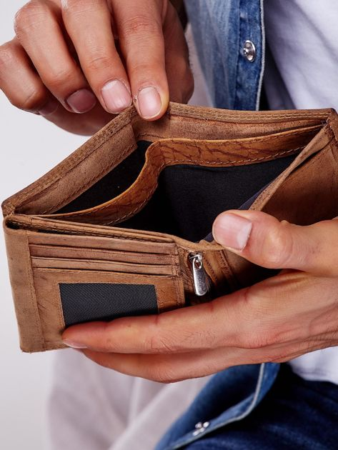 Jasnobrązowy skórzany portfel męski na zatrzask                              zdj.                              4