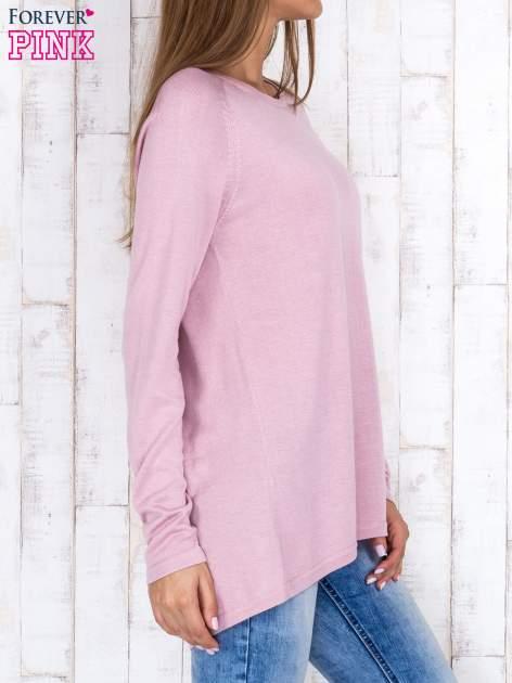 Jasnofioletowy sweter z dłuższym tyłem i zakładką na plecach                                  zdj.                                  3