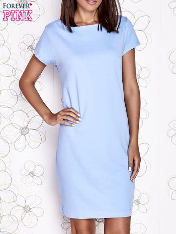 Jasnoniebieska sukienka dresowa o prostym kroju                                  zdj.                                  1