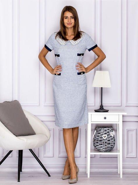 Jasnoniebieska sukienka z kieszeniami                              zdj.                              4