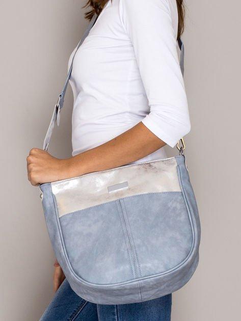 Jasnoniebieska torba z błyszczącym modułem                                   zdj.                                  4