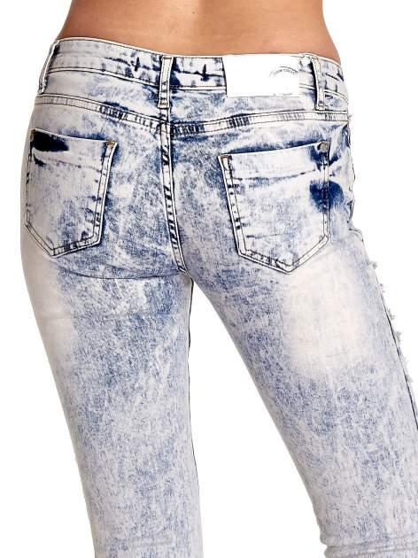 Jasnoniebieskie spodnie jeansowe dzowny cut out                                  zdj.                                  7