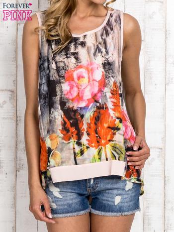 Jasnoróżowa bluzka koszulowa w malarskie desenie