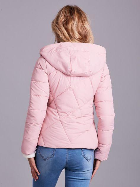 Jasnoróżowa krótka kurtka zimowa                              zdj.                              2
