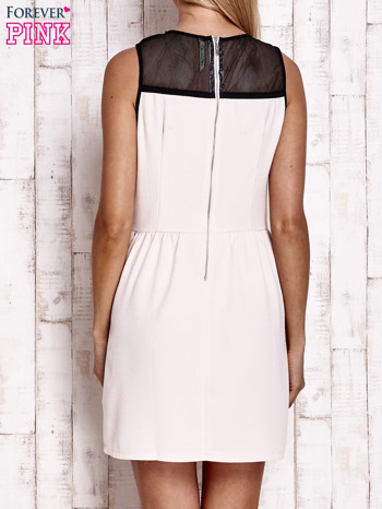 Jasnoróżowa sukienka z siateczkową górą                                  zdj.                                  4