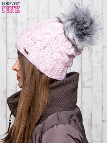 Jasnoróżowa wełniana czapka z pomponem                                  zdj.                                  2