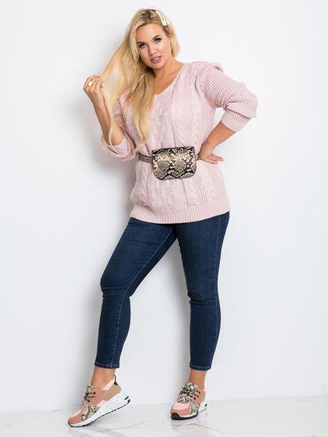 Jasnoróżowy sweter plus size Flower                              zdj.                              4