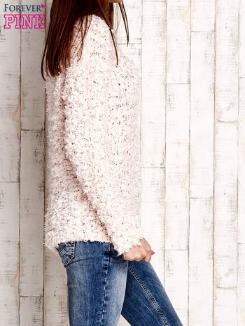 Jasnoróżowy włochaty sweter                                  zdj.                                  3