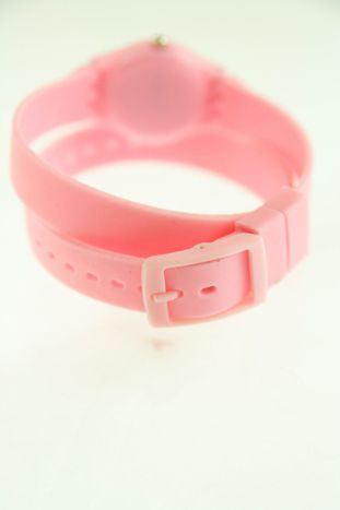 Jasnoróżowy zegarek damski na silikonowym pasku                                  zdj.                                  2