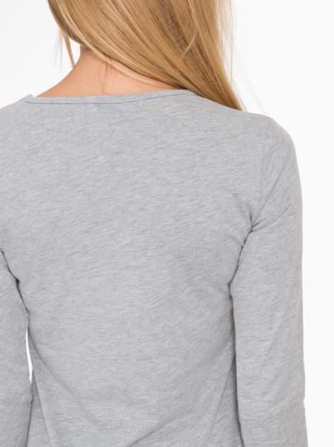 Jasnoszara basicowa bluzka z długim rękawem                                  zdj.                                  8
