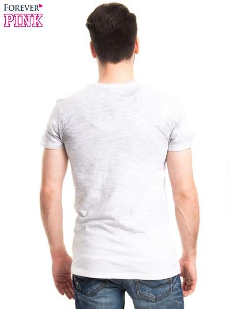 Jasnoszary t-shirt męski z nadrukiem SANTO DOMINGO                                  zdj.                                  3