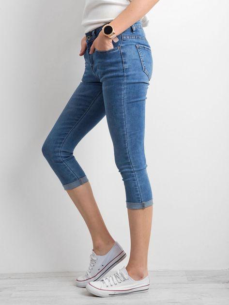 Jeansy z podwijanymi nogawkami niebieskie                              zdj.                              3