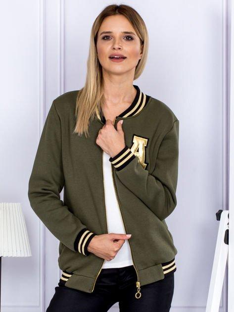Khaki bluza bomberka z naszywką litery                              zdj.                              6