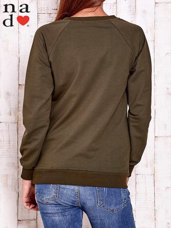 Khaki bluza z napisem BAD GIRL                                  zdj.                                  4