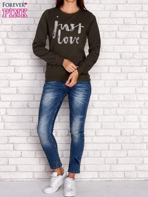 Khaki bluza z napisem JUST LOVE i perełkami                                  zdj.                                  2