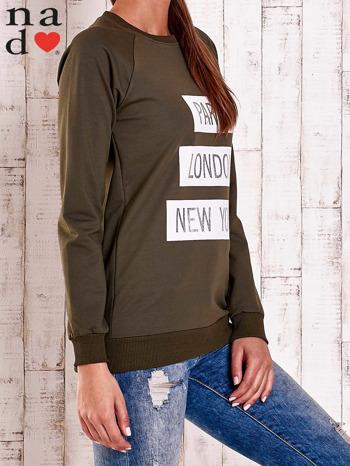 Khaki bluza z napisem PARIS LONDON NEW YORK                                  zdj.                                  3