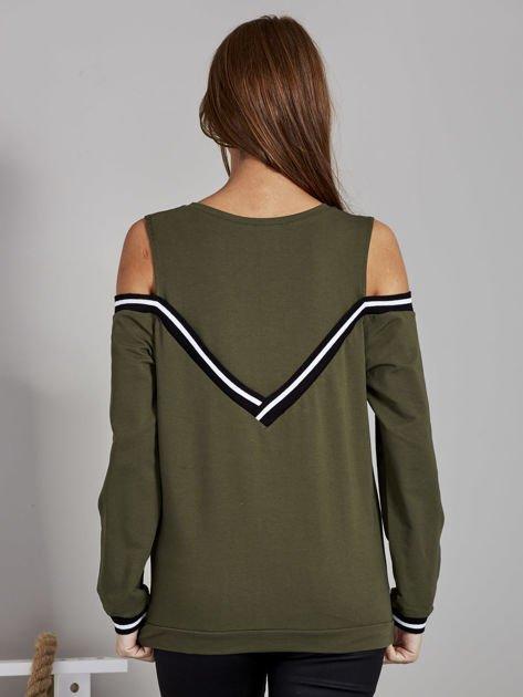 Khaki bluza z ukośnymi ściągaczami                              zdj.                              2