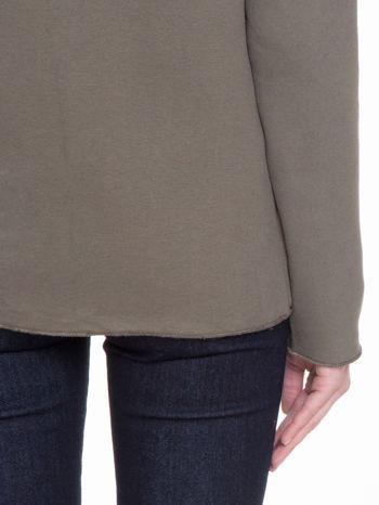 Khaki bluzonarzutka z klapami o kroju waterfall                                  zdj.                                  9