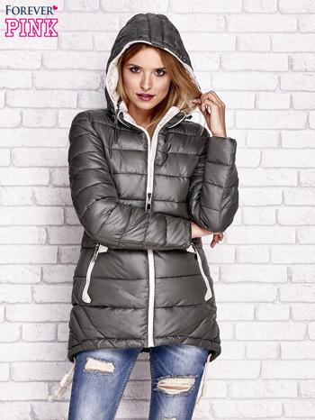 Khaki pikowana kurtka z kontrastowymi suwakami                                  zdj.                                  4