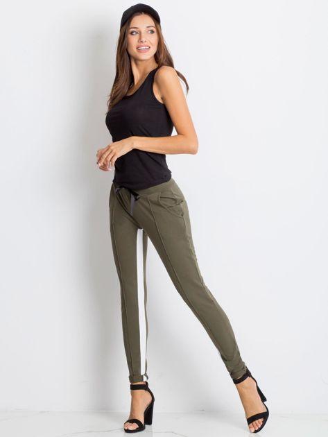 Khaki spodnie dresowe Defined                              zdj.                              4