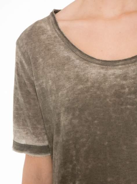 Khaki sukienka typu t-shirt bluzka z efektem dekatyzowania                                  zdj.                                  5