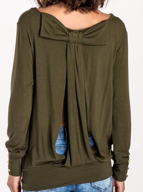 Khaki sweter z kokardą na plecach                                  zdj.                                  6