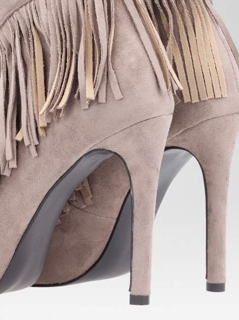 Khaki sznurowane botki faux suede Lea open toe z frędzlami                                  zdj.                                  7