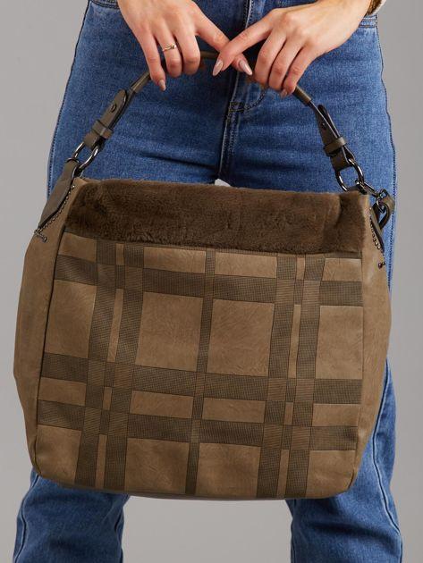 Khaki torba w kratkę z futerkiem