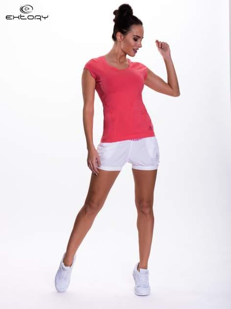 Koralowy damski t-shirt sportowy basic                                  zdj.                                  5