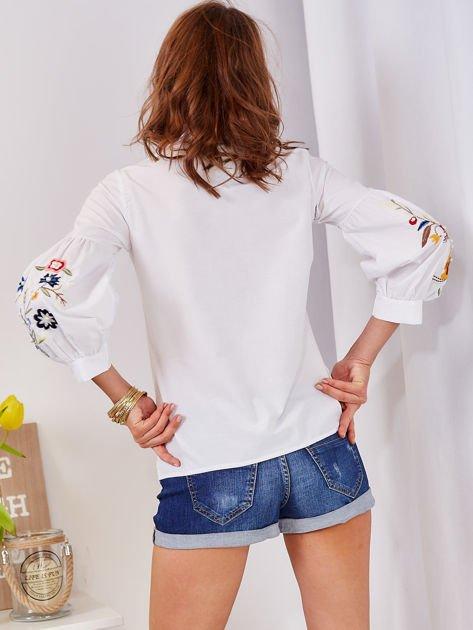 Koszula biała z haftowanymi rękawami                                  zdj.                                  7