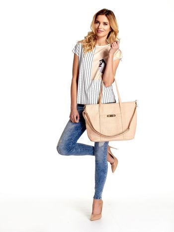 Kremoowa pleciona torba shopper bag ze złotym detalem                                  zdj.                                  2