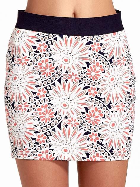 Kwiatowa spódnica mini z gumą w pasie                                  zdj.                                  6