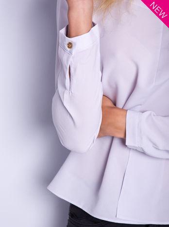 Liliowa koszula z przeszyciami i łezką z tyłu                                  zdj.                                  4