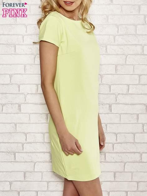 Limonkowa sukienka dresowa o prostym kroju                                  zdj.                                  3
